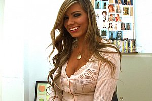 katrina kaif boobs show